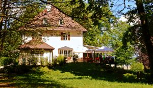 Die Alte Villa in Utting – Traditionshaus am Ammersee